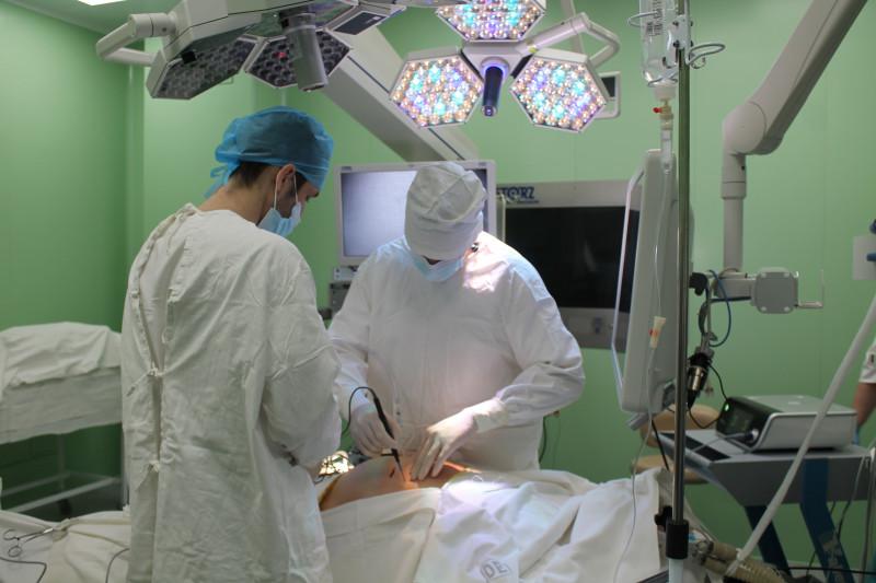 Эндоскопическая стойка с 3D-визуализацией поступила в краевой центр онкологии